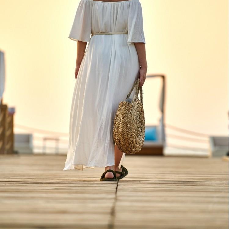 Ghidul rochiilor pentru femei cu forme