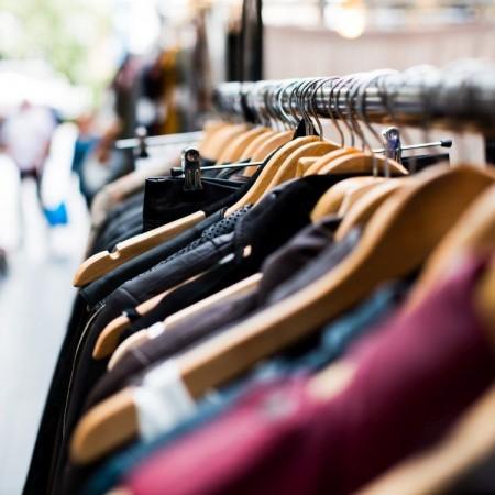 Sfaturi despre articolele vestimentare pentru femeile voluptoase